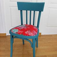 Diy d co pour relooker une chaise en bois l 39 agenda de la nantaise - Relooker une chaise en bois ...