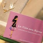 la-fille-aux-bijoux-carré