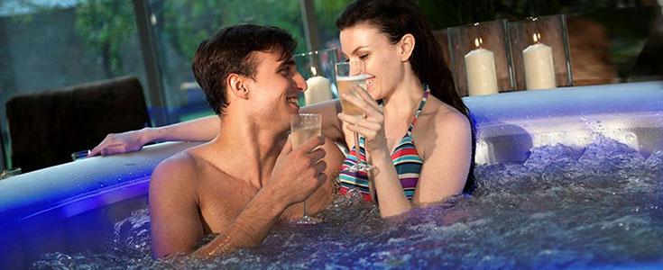 Location de jacuzzi domicile sur nantes avec loca spa - Salon massage erotique nantes ...