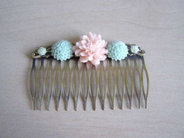 diy-peigne-cheveux-romantique