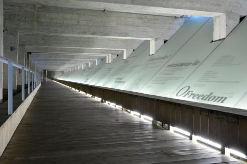 Parcours méditatif. Le Mémorial de l'abolition de l'esclavage. Nantes © Jean-Dominique Billaud - Nautilus/LVAN